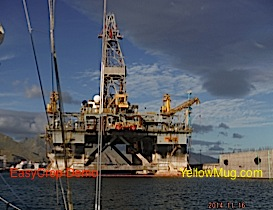 le port défiguré par les platteformes offshore