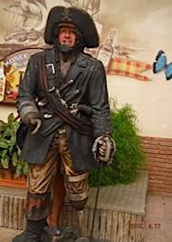 le pirate marcel xhrgé au Rhum après le musée