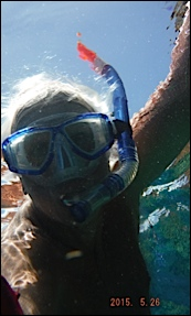 votre serviteur en selfie sous l'eau