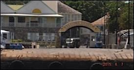 le port de nevis réservé aux petits cargo