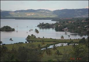 Le site des trois îlets et le golf près de Fort-de-France